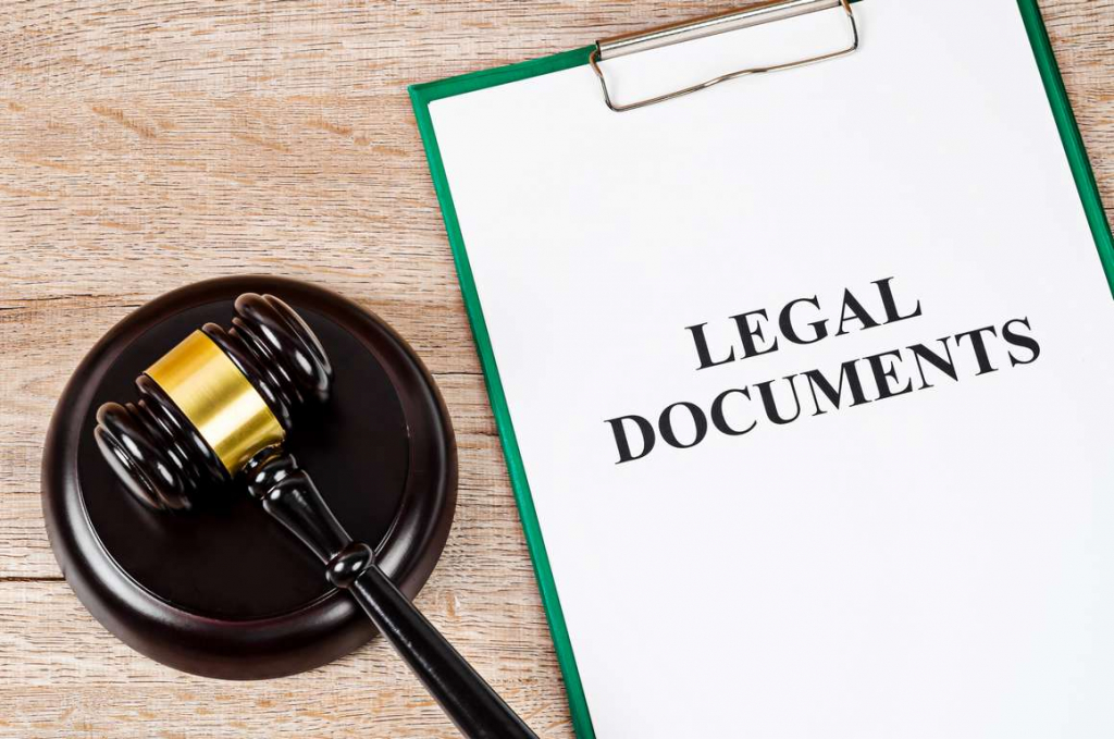 Process server's legal document pack ready to be dealt